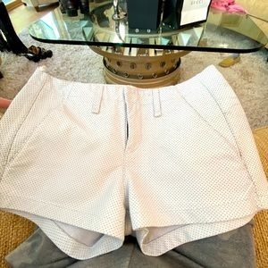 RAG & BONE 🌺 24 White Lamb Leather shorts 🔥Cool